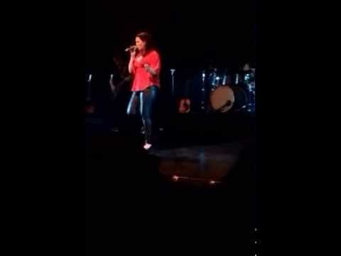 Maialen live au Théâtre de Bayonne 24/10/2014