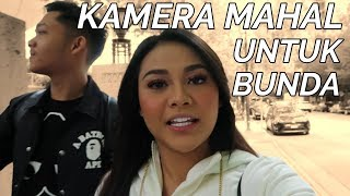 Video BELI KAMERA BARU BUAT BUNDA.. EH NANGIS | NGETRIP CANADA BARENG AUREL #PART1 MP3, 3GP, MP4, WEBM, AVI, FLV Juli 2019