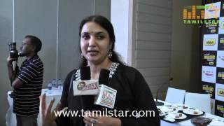 Sukanya at Mirchi Awads 2014