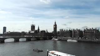 A timelapse video of the view over the City of London from the highest ferris wheel in Europe, the London Eye. I made two rides, one with daylight and one in the evening. Enjoy the view over the skyscrapers, mini-people and mini-cars to the endless horizon of lights.Ein Zeitraffer-Video von der Fahrt mit dem London Eye im März 2015. Einmal bei Tag und einmal bei Nacht. Genieße den tollen Blick auf die Stadt mit den vielen Hochhäusern, kleinen Autos und Menschen und dem endlosen mehr aus Lichtern am Abend.Music: Funky Chunk - Kevin MacLeoad (incompetech.com)