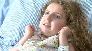 Rose, de dez anos, é cega, está presa a uma cadeira de rodas e seu cérebro não amadureceu completamente; sua mãe, Juliet, quer interromper a medicação e alimentação por tubo.