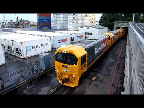 New KiwiRail DL Locomotives Depart Auckland Port