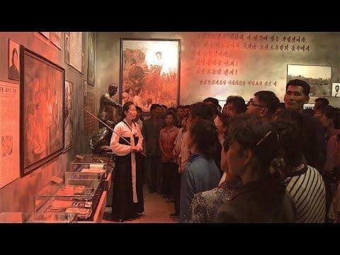 """Museum in Nordkorea: """"Zerschmettert die Amerikaner! ..."""