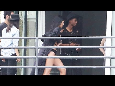 X17 EXCLUSIVE – Kylie Jenner Does Sexy Bikini Photoshoot In Hollywood