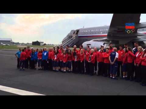Focení českého týmu před odletem do Baku
