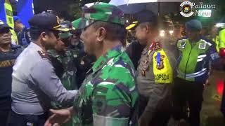 Video saat Kapolda Sulsel bersama gubernur Sulsel, Pangdam XIV/ HSN dan Forkopimda pantau giat malam natal MP3, 3GP, MP4, WEBM, AVI, FLV Maret 2018