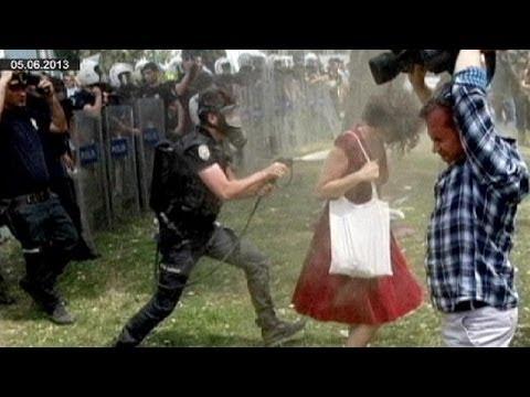 Turquie: 3 ans de prison requis contre un policier du parc Gezi