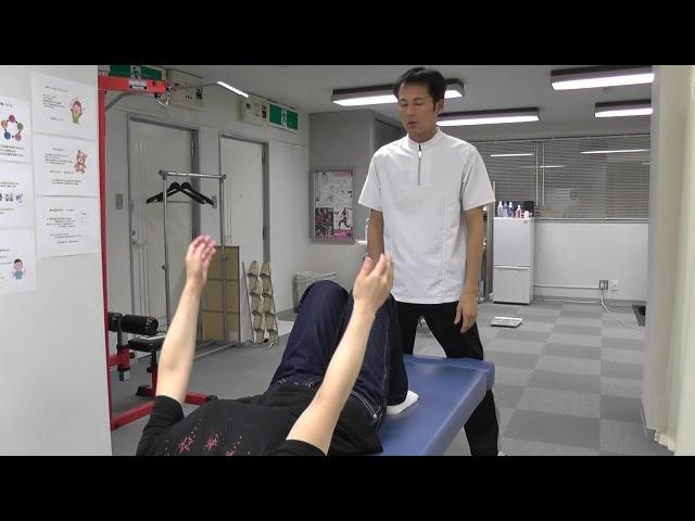 【施術動画】おなかの整体 2 その肩関節周囲炎、内臓が原因ではないですか?
