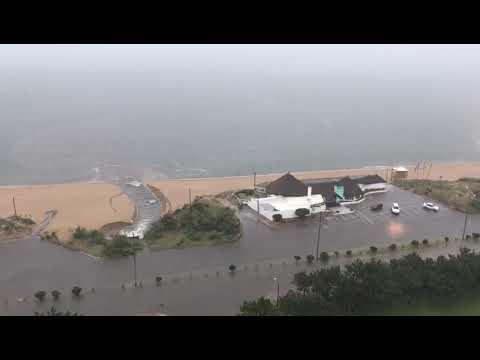 Rambla Claudio Williman de Punta del Este, totalmente inundada