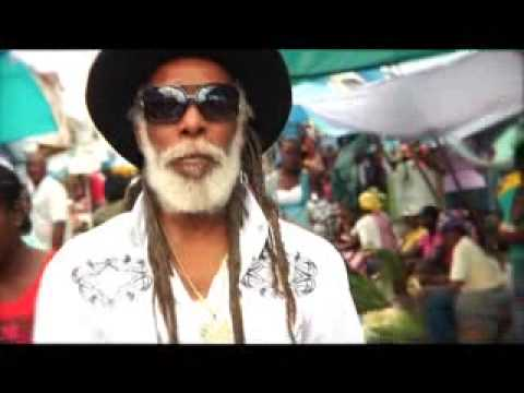 TAFARI - Music video by Tafari and Big Youth performing Not An Easy Road (C) 2011RUD3 Music LLC https://www.generaltaf.com https://itunes.apple.com/us/album/rud3-lov3...