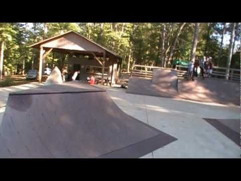 FIRE LAKE LOCALS Skateboard Park