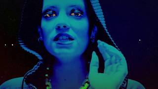 Lily Allen - Sheezus (Official Video) - YouTube
