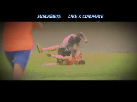 العرب اليوم - شاهد: لحظة اعتداء لاعب برازيلي على مشجع فرح بهدف للفريق الآخر