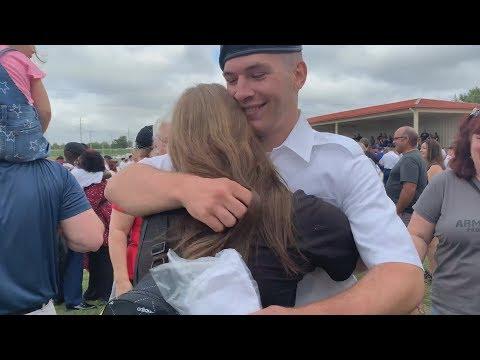 My Boyfriend Graduated From Army Basic Training Vlog w/ a Service dog 9/19/19