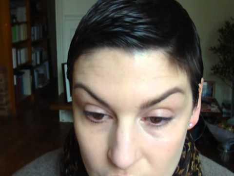 traitement poches yeux - Pour avoir la liste complète des produits et des pinceaux utilisés, rendez-vous sur mon blog : http://www.monblogdefille.com/blog/comment-maquiller-des-poche...