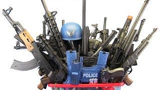 Video BOX OF TOYS ! GunsToys Police & Military  - Video For Kids / What's in the BOX !? MP3, 3GP, MP4, WEBM, AVI, FLV Oktober 2018