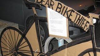 Rubano Italy  city photos : Gli rubano la bici, ma la ritrova e lascia una sorpresa al ladro...