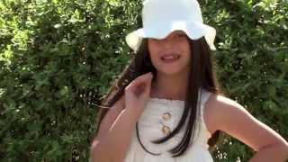 Valza Berisha - Prindërit E Mi (Official Video 2013)