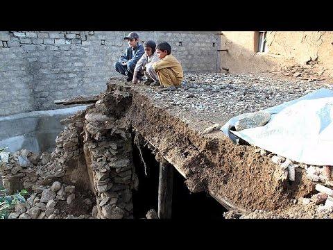 Αφγανιστάν-Πακιστάν: Σε πλήρη εξέλιξη το έργο των διασωστών