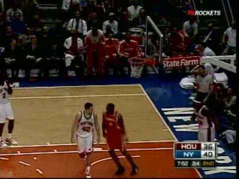 Brent Barry alleyoop to Carl Landry vs. Knicks