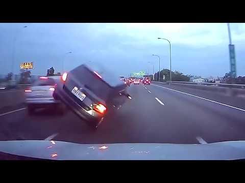 Compilation d'accident causés par les pires chauffard
