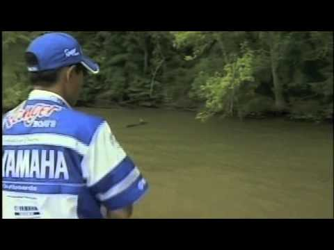 Bassmaster - Takahiro Omori wins the 2004 Bassmaster Classic by catching three fish with just a few minutes to go including one fish that weighed almost 5 pounds. This is...