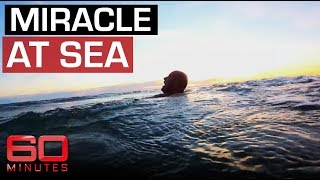 Video Surfer falls overboard and forced to fend off sharks | 60 Minutes Australia MP3, 3GP, MP4, WEBM, AVI, FLV Agustus 2019