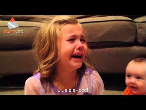 Kardeşinin Hep Bebek Kalmayacağını Öğrenen Minik kızın çöküşü :)