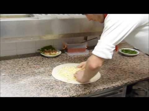 Ristorante Gabbiano Marotta video ricetta pizza sfizio e pizza frutti di mare