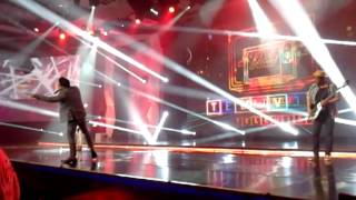 [Fancam] Naif - Televisi at Yahoo! OMG Award 2013