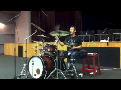 How can you tell a good drummer and a bad drummer apart?