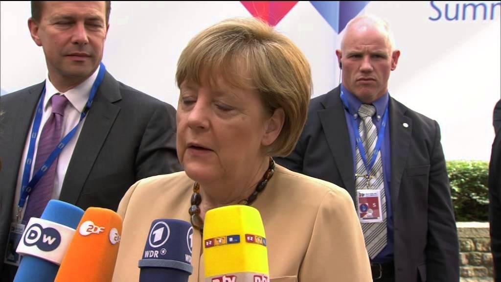 Μέρκελ: Η Ελλάδα θα συνεργαστεί στενά με τους θεσμούς