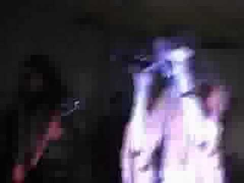 Noturna - Noturna tocando Evil Heart no Vamp Fest 2006.