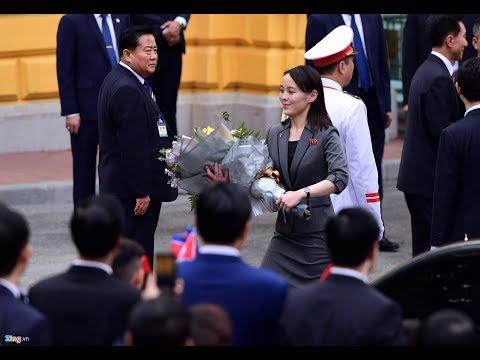 Bước chân thoăn thoắt của cô em gái Kim Jong Un trong sự kiện Thượng đỉnh Mỹ - Triều - Thời lượng: 58 giây.