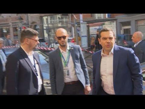 Video - Τσίπρας προς Ευρωσοσιαλιστές: Υποχρέωση να αποτρέψουμε την εκλογή Βέμπερ