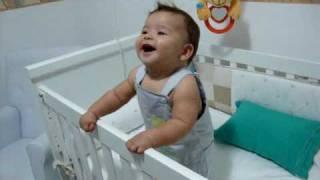 Bebê Morrendo De Rir!!!