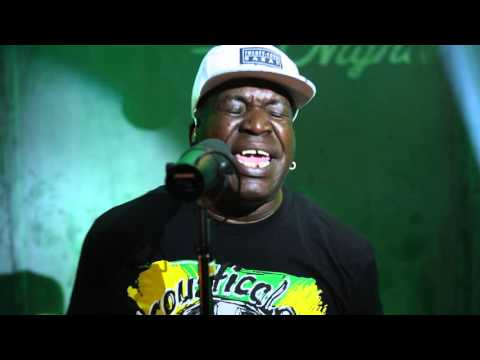 Barrington Levy: »Black Roses« (Catch A Fire Nights w ...
