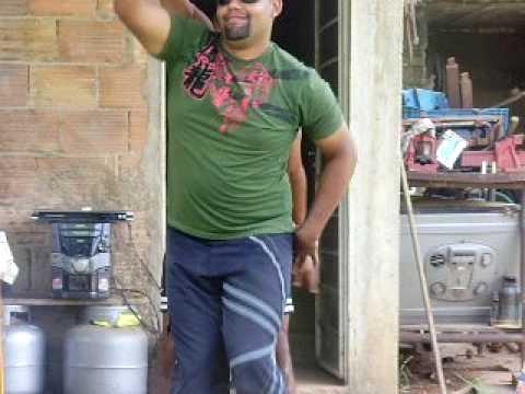 Waguinho Travecão Dançando Em São Joaquim de Bicas