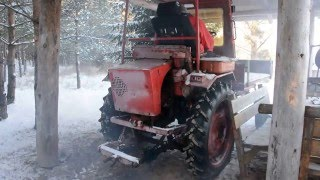 T-16 russian tractor cold start -15 2015 (1080p)