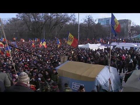 Μολδαβία: Διαδηλώσεις για πρόωρες εκλογές