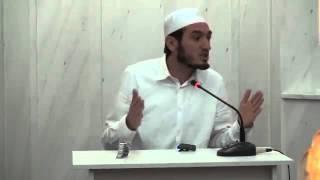 1.  Islami, feja e mesatarisë - Hoxhë Bedri Lika