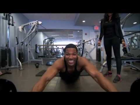 """Michael Strahan Shows His Workout Secrets on """"LIVE with Kelly and Michael"""""""