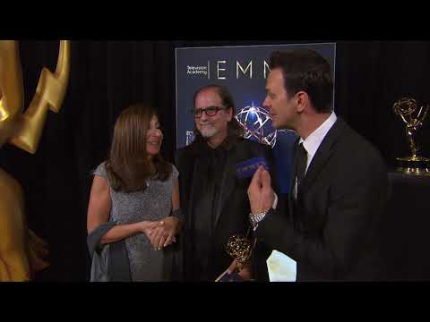 70th Emmy Awards: Backstage LIVE! with Glen Weiss (видео)
