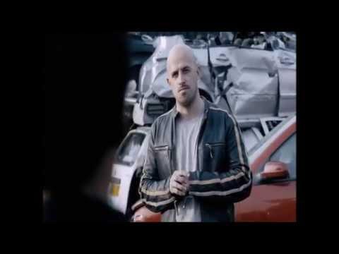 Jonathan Goodwin flips a car! Unbelievable