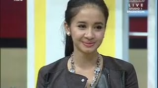 Video Pesbukers 12 Juli 2014 : Raffi Terkejut Dengan Kedatangan Bella Di Lokasi Shooting MP3, 3GP, MP4, WEBM, AVI, FLV Mei 2019