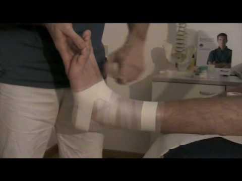 Bendaggio di caviglia (taping caviglia): prevenire le distorsioni