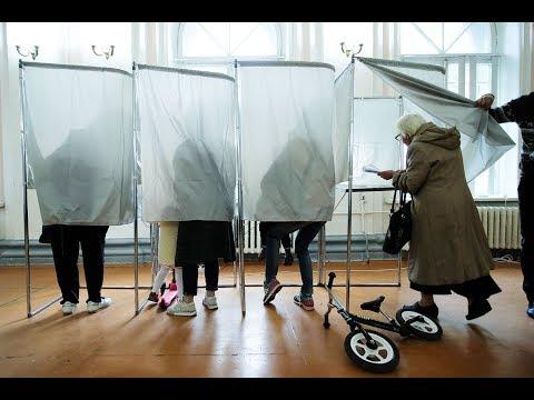 Выборы-2018: очереди на УИКах, вбросы и нарушения. Спецэфир