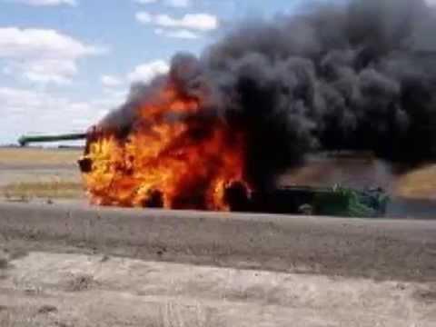 Tractors: John Deere's In trouble