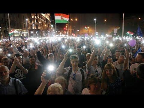 Budapest: Neue Großdemonstration gegen Orban