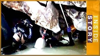 Video 🇹🇭 Thailand holds its breath as workers rescue boys from a cave | Inside Story MP3, 3GP, MP4, WEBM, AVI, FLV Maret 2019